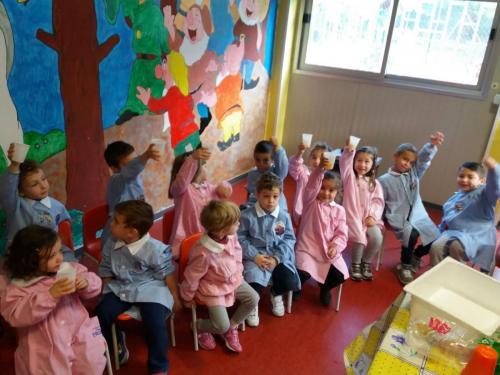 Scuola dell'infanzia via Tito Livio: Spremuta d'arance